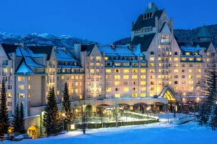 Fairmont Chateau Whistler British Colombia in Canada #Fivestarhotels #exclusiveescapes #vacation #luxurylifestyle #italian #hotels #travel #luxury #hotels #exclusive #getaway #destinations #resorts #beautiful #life #traveling #bucketlist #beverlyhills #BevHillsMag #canada #britishcolombia #fairmont #whistler @fairmontwhistlr