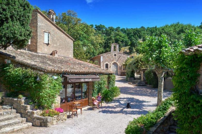 Johnny Depp Sells French Village