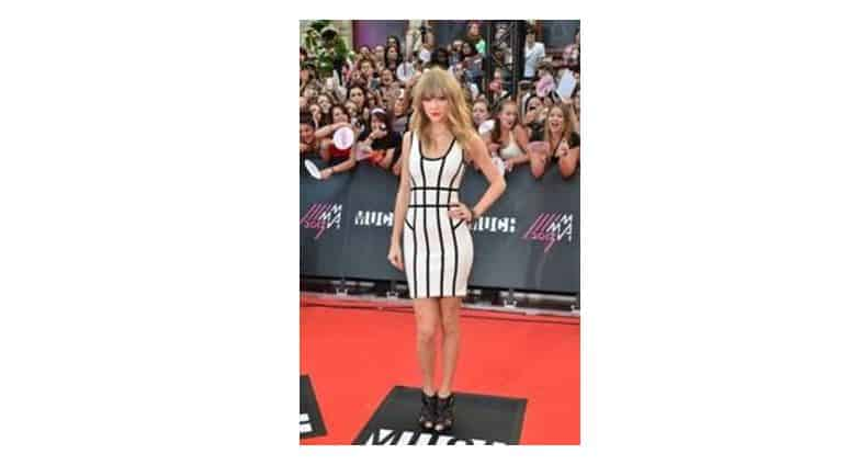 Celebrity-Style-Taylor-Swift-Hollywood-Style-Rich-and-Famous-Entertainment-Weekly-Beverly-Hills-Magazine