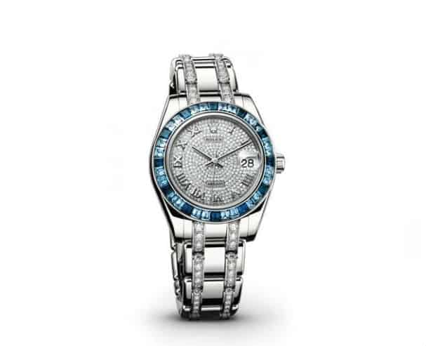 Blue #Diamond Ladies #Rolex Watch. BUY NOW!!! #ladies #watch #cool #watches #sweet #timepiece #time #style #watchesofinstagram #style #fashion #fashionblogger #beautiful #gift #ideas #giftsforher #beverlyhills #BevHillsMag #beverlyhillsmagazine