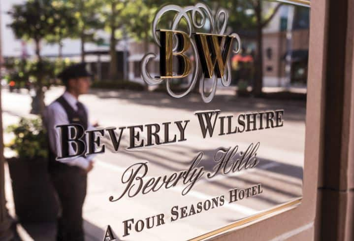 #BeverlyWilshire #BeverlyHills #Fivestarhotels #exclusiveescapes #vacation #luxurylifestyle #hotels #travel #luxury #hotels #exclusive #getaway #destinations #england #beautiful #life #traveling #bucketlist #beverlyhills #BevHillsMag #vacation #travel