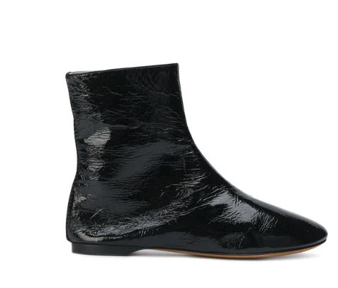 Givenchy Patent Leather Boots. BUY NOW!!! #shop #fashion #style #shop #shopping #clothing #beverlyhills #dress #shoes #highheels #pumps #beverlyhillsmagazine #bevhillsmag #boots