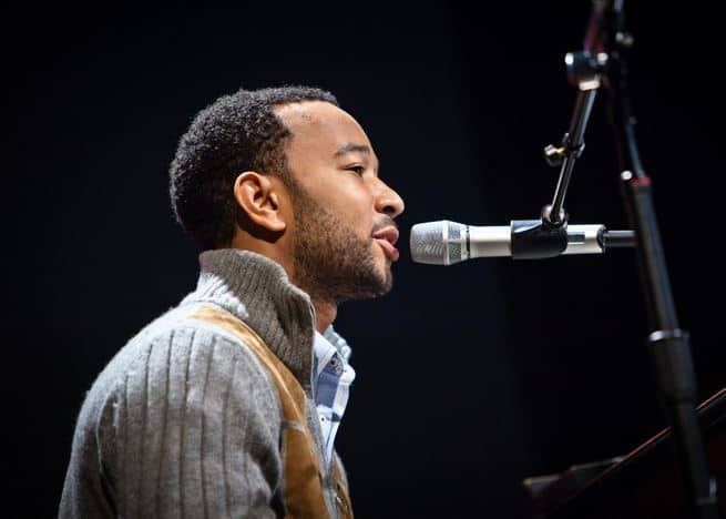 John Legend set to perform at The Grammy Awards 2015
