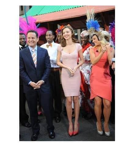 Hollywood-Celebrity-Style-Herve-Leger-Supermodel-Miranda-Kerr-Fashion-Magazine-Red-Carpet-Style-Beverly-Hills-Magazine-