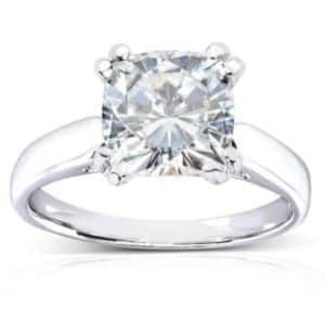 2CT Diamond Ring. BUY NOW!!!