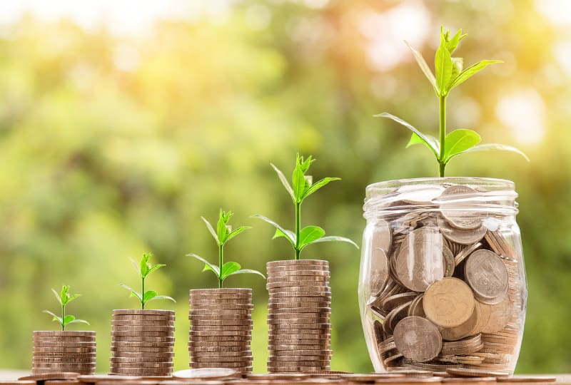 How to Build Wealth: A Guide for Entering Your 30s #money #investing #saving #entrepreneur #wealth #beverlyhills #beverlyhillsmagazine #bevhillsmag