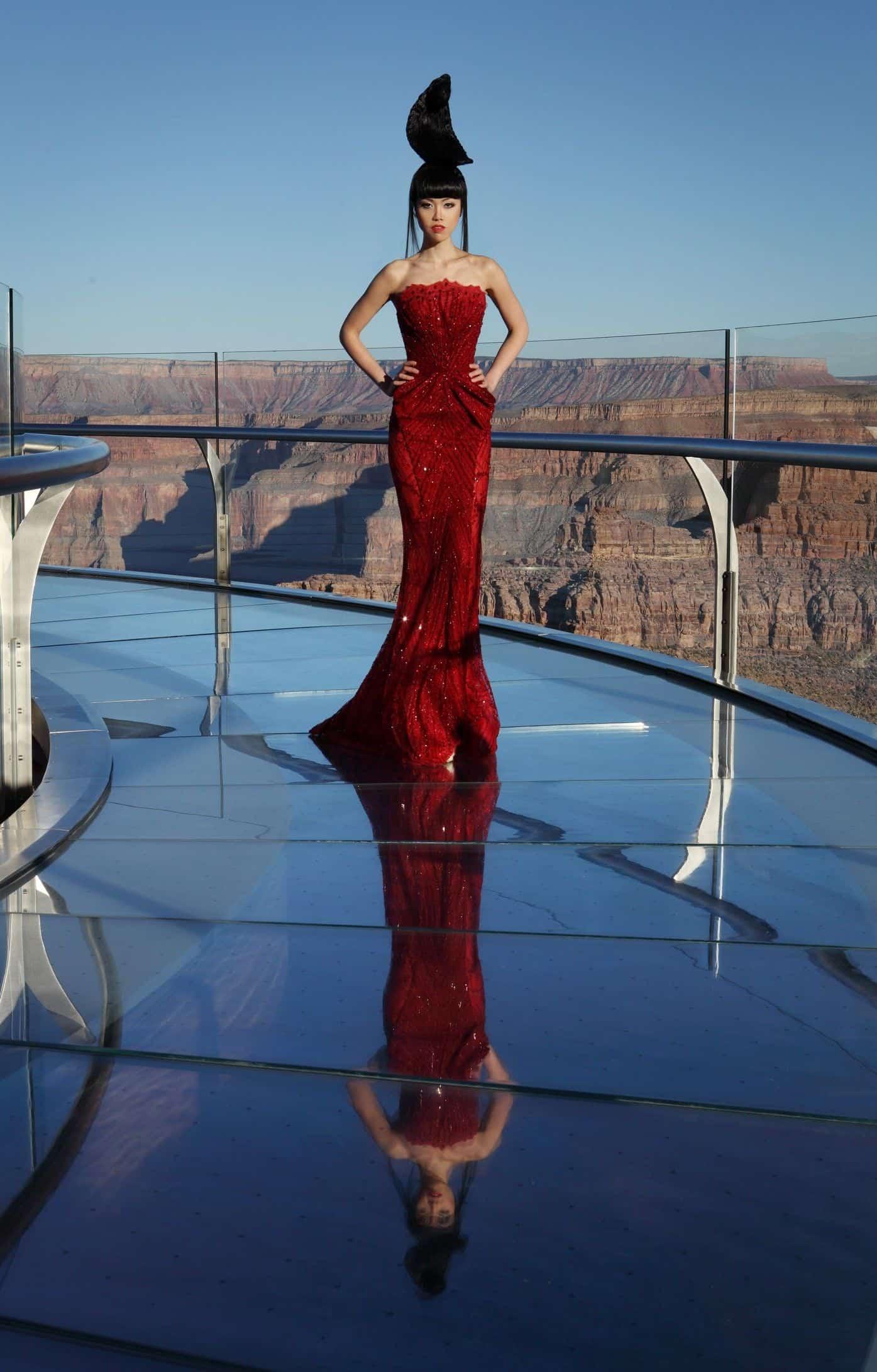 Jessica-Minh-Anh-Fashion-Shows-Fashion-and-Style-Magazine-J-Autumn-Fashion-Show-20Fashion Show at The Grand Canyon