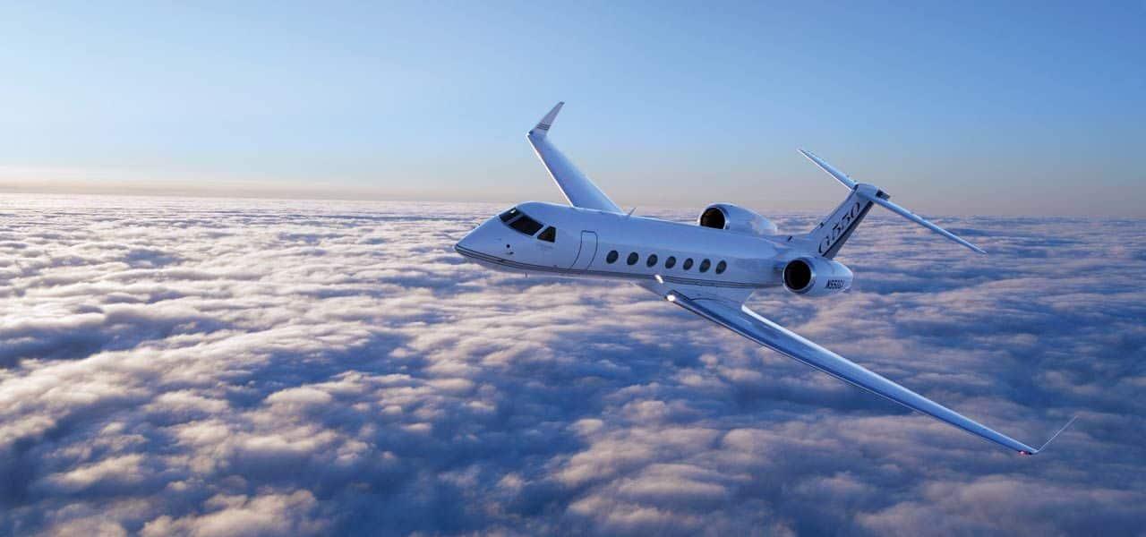 Jet-Aircraft-Gulfstream-G550-Beverly-Hills-Magazine