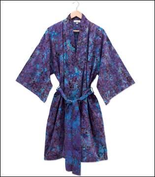 NOVICA Robe from Bali Beverly Hills Magazine Artisian Gift Box #bevhillsmag #undiscovered #balirobes #bali #artisanbox