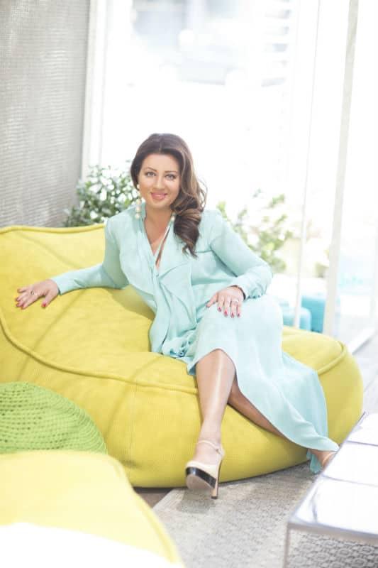 Beverly Hills Spotlight: The Lovely Robina Benson