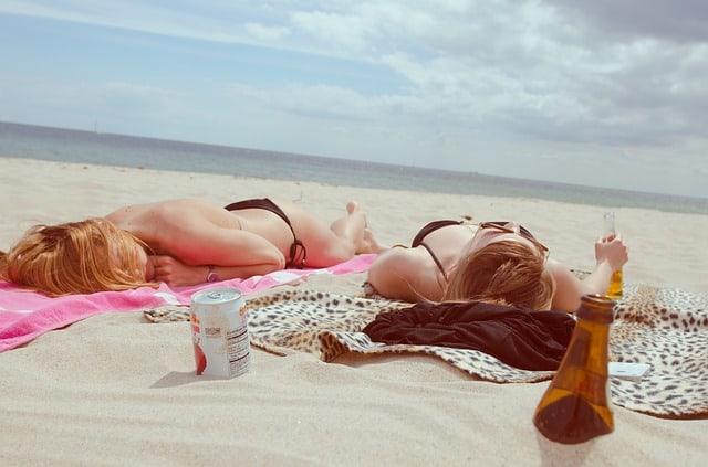 5 Reasons To Vacation Spray Tan