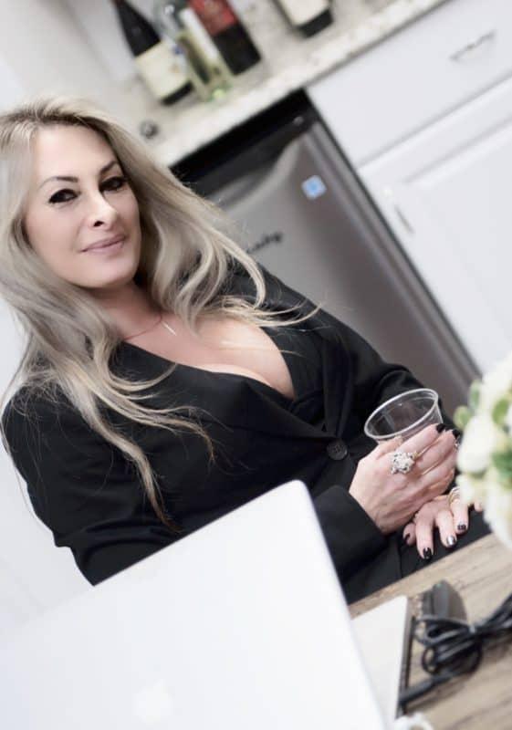 Meet the Founder of Beverly Hills Hair Free, Alana Dzurek.