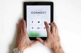 8 Tips to Improve Social Media Influence