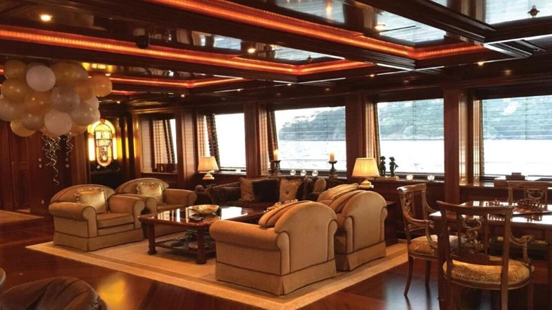 The Apogee| Luxury Superyacht with Italian Flair#yachts#yacht#yachting#yacht life#luxury#beverly hills#beverly hills magazine