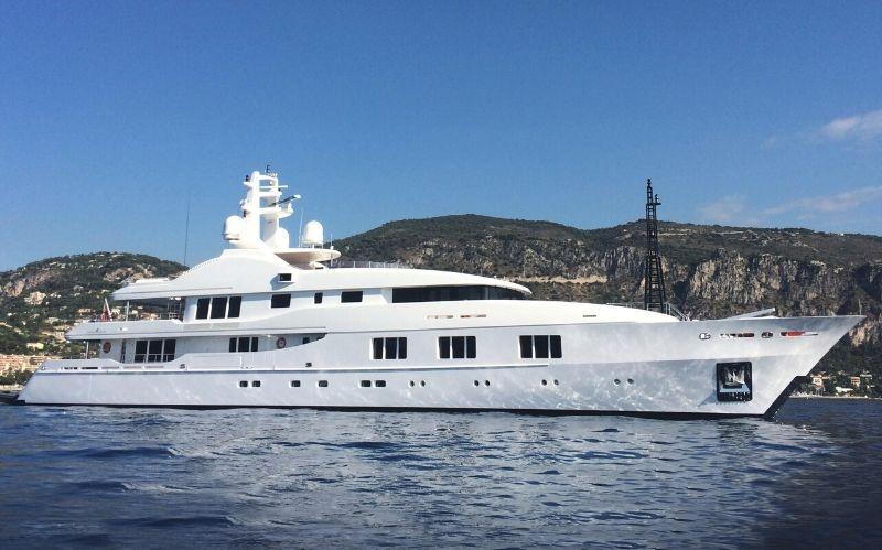 Magnificent Yacht: The Baraka 190' Motor #yachts #luxury #yacht #yachtlife #yachting #beverlyhills #beverlyhillsmagazine #baraka190'