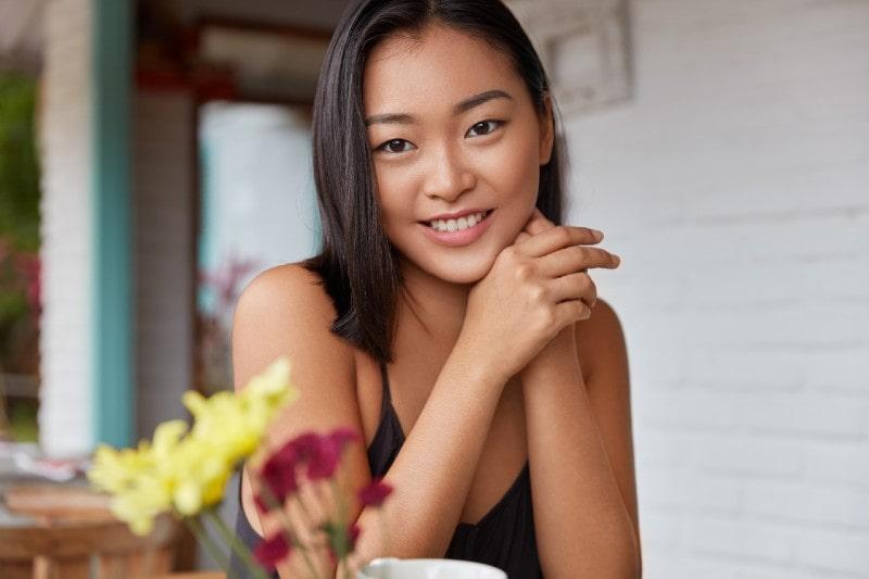 4 Ways to Keep Your Skin Hydrated #skin #beauty #beautiful #bevhillsmag #beverlyhills #beverlyhillsmagazine