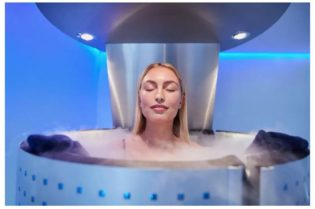 Everything You Need To Know About Cryotherapy #health #wellness #cryotherapy #bevhillsmag #beverlyhillsmagazine