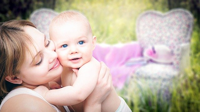 6 Tips To Be A Healthy Breastfeeding Mother #motherhood #babies #mommy #bevhillsmag #beverlyhills #beverlyhillsmagazine