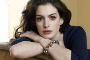 Hollywood Spotlight: Anne Hathaway #HollywoodSpotlight #hollywood #moviestars #famous #actress #beautiful #celebrity #entertainment #celebrityoftheweek #movies #celebrities #thehustle #annehathaway #beverlyhills #BevHillsMag