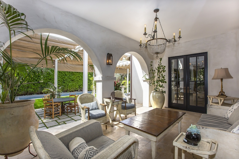 Anne Heche's Charming Los Angeles Home - 1