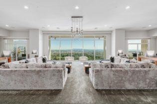 Matthew Perry's Los Angeles Luxury Apartment