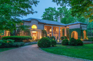 Nashville's Rayna Jaymes Mega-Mansion