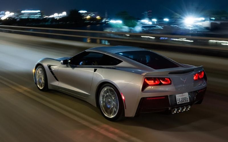 American Fast Car: The 2019 Corvette Stingray #fastcars #cars #luxurycars #dreamcars #coolcars #carmagazine #beverlyhillsmagazine #beverlyhills #chevrolet #chevroletcorvettestingray #corvettestingray #stingray