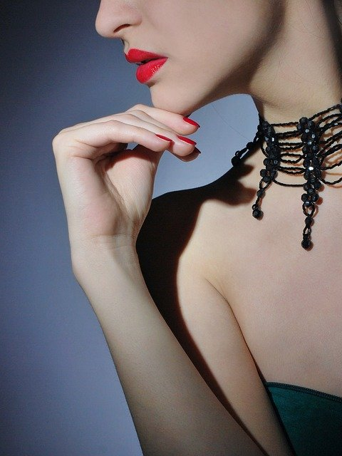 5 Top Jewelry Influencers and Bloggers #fashion #style #jewelry #bevhillsmag #beverlyhills #beverlyhillsmagazine