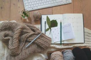 11 Ways To Use Your Leftover Knitting Yarn #knitting #yarn #crochet #hobbies #beverlyhills #beverlyhillsmagazine #bevhillsmag