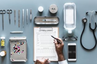 Tips To Building A Successful Career In Healthcare #health #medicine #doctor #doctors #health #careers #inspiration #beverlyhills #beverlyhillsmagazine #bevhillsmag