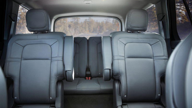Luxury Car: The Lincoln Aviator 2020