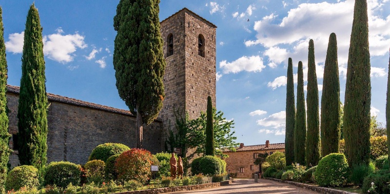 An Italian Holiday at Castello di Spaltenna #travel #fivestarhotels #luxuryhotel #vacation #exclusivegetaway #beverlyhillsmagazine #beverlyhills #castellodispaltenna