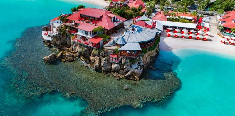 A Luxurious Holiday at Eden Rock St. Barths #travel #fivestarhotels #luxuryhotel #vacation #exclusivegetaway #beverlyhillsmagazine #beverlyhills #bevhillsmag