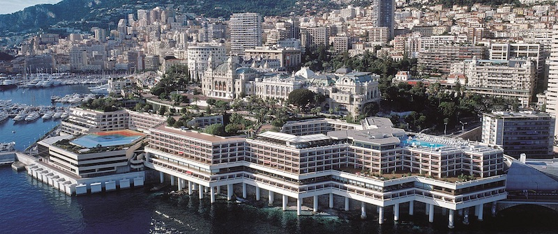 A Glamorous Vacation at Fairmont Monte Carlo #travel #fivestarhotels #luxuryhotel #vacation #exclusivegetaway #beverlyhillsmagazine #beverlyhills