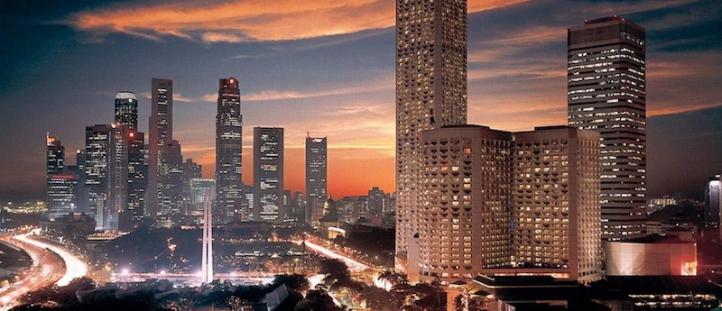 An Exotic Vacation at Fairmont Singapore #travel #fivestarhotels #luxuryhotel #vacation #exclusivegetaway #beverlyhbillsmagazine #beverlyhills
