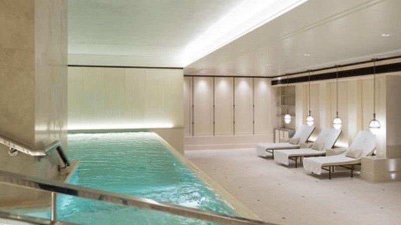 The Lanesborough: A Prestigious London Hotel #travel #fivestarhotels #luxuryhotel #vacation #exclusivegetaway #beverlyhillsmagazine #beverlyhills #bevhillsmag