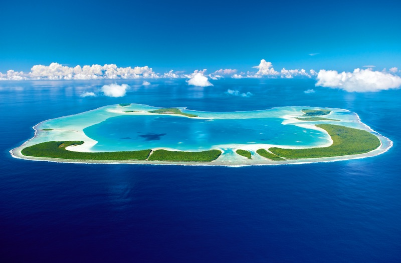 5 Island Retreats for Relaxing in 2020 #travel #fivestarhotels #luxuryhotel #vacation #exclusivegetaway #beverlyhillsmagazine #beverlyhills #2020 #thebrando #mystiquehotel #kandolhumaldives #jumbybayisland #honuakairesort