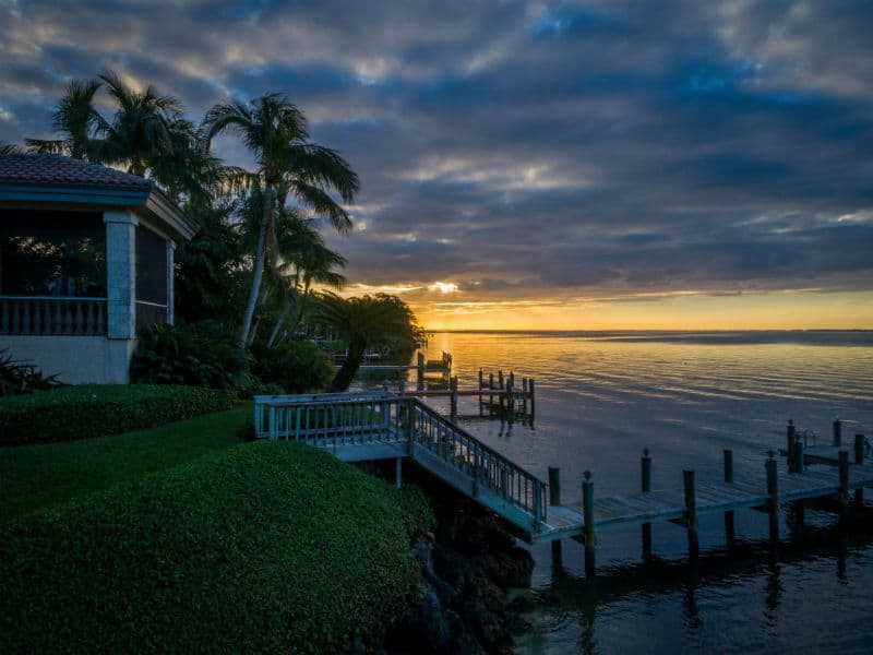 Kathie Lee Gifford Miami Mansion For Sale #celebrity #homes #dreamhomes #beverlyhillsmagazine #BevHillsMag