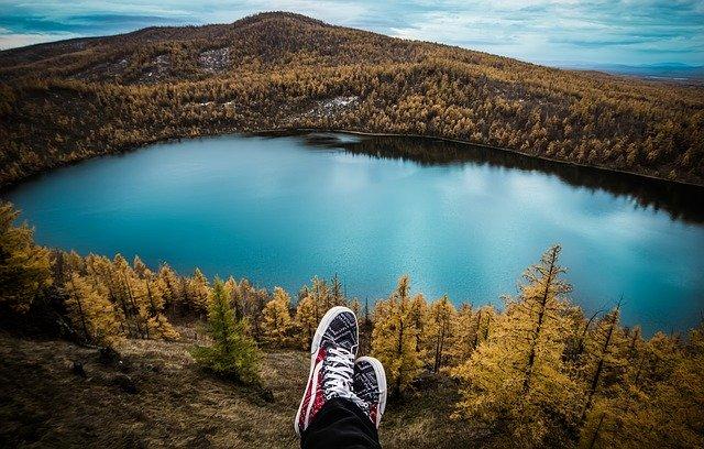 Travel Tips To Keep Yourself Entertained #travel #traveling #beverlyhills #beverlyhillsmagazine #bevhillsmag #getaway
