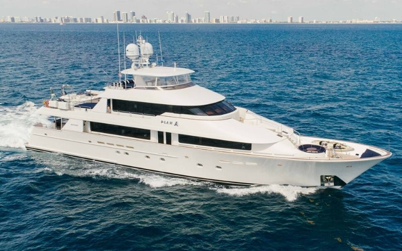 Luxury Superyacht: The Plan A Westport 130' #yacht #yachts #yachtlife #yachting #luxury #beverlyhills #beverlyhillsmagazine #bevhillsmag #superyacht #luxurysuperyacht #westport130' #planA