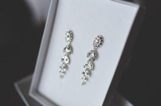 7 Reasons To Love Silver Earrings #earrings #jewellery #jewels #jewelry #bevhillsmag #beverlyhills #beverlyhillsmagazine