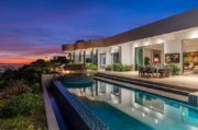 A Contemporary Dream Home in Beverly Hills #luxury #realestate #homesforsale #dreamhomes #beverlyhills #bevhillsmag #beverlyhillsmagazine