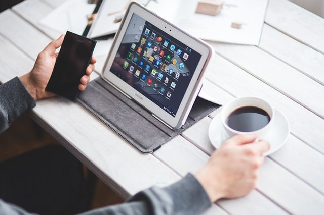 How Digital Technology Aids in Business