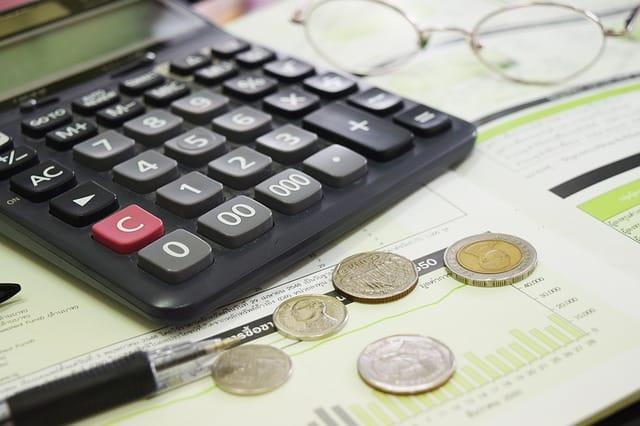 How To Avoid A Debt Consolidation Scam #money #debt #moneymanagement #finances #business #wealth #beverlyhills #beverlyhillsmagazine