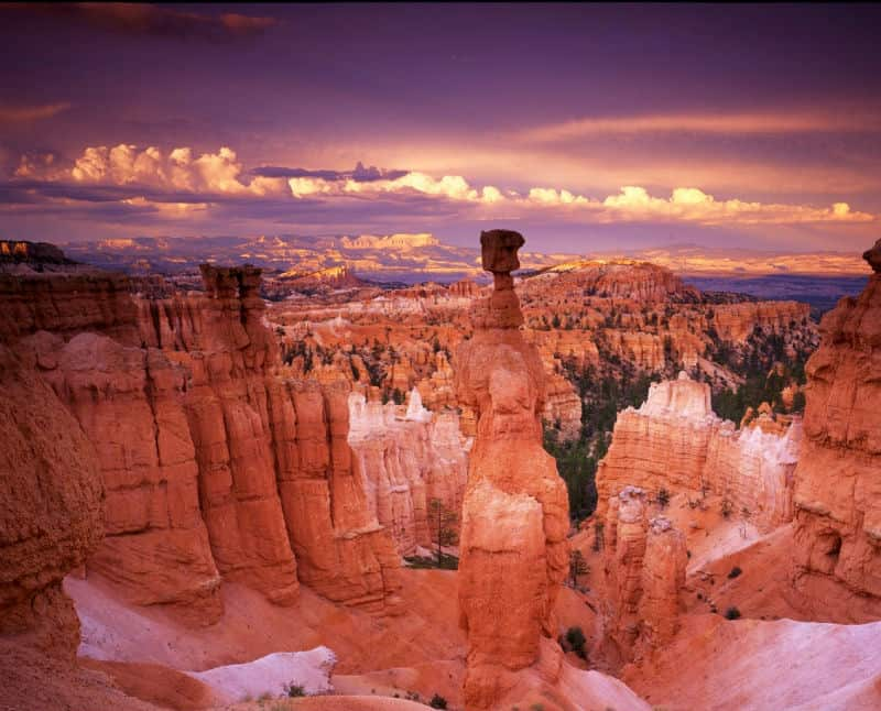 3 Reasons to Go RV Camping in Bryce Canyon #travel #vacation #brycecanyon #utah #bevhillsmag #beverlyhillsmagazine #beverlyhills #luxury