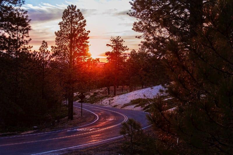 Things to Do in Bryce Canyon City and Surrounding Areas #travel #vacation #brycecanyon #utah #bevhillsmag #beverlyhillsmagazine #beverlyhills #luxury