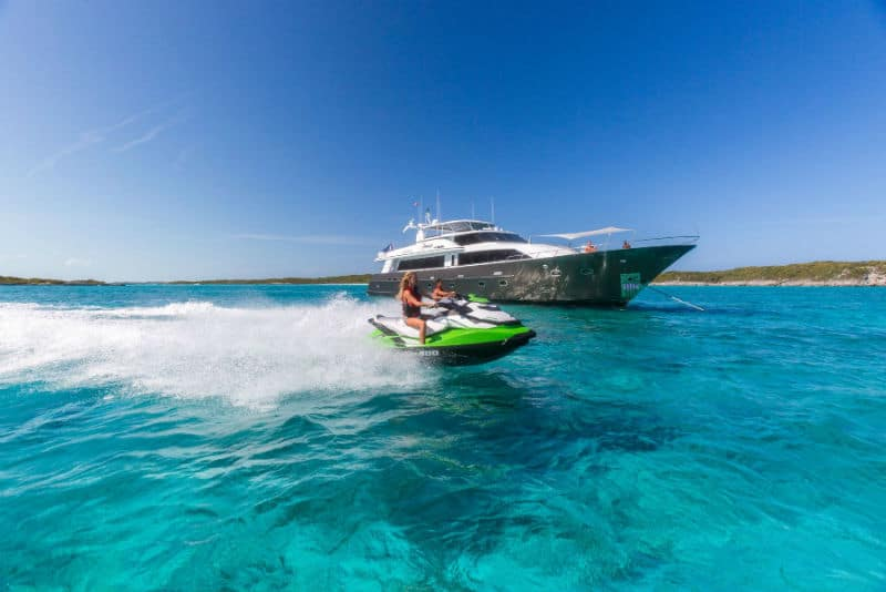 5 Adventurous Things to Do in the Bahamas #exclusiveescapes #vacation #luxurylifestyle #french #hotels #travel #luxury #hotels #exclusive #getaway #destinations #resorts #beautiful #life #traveling #bucketlist #beverlyhills #BevHillsMag #bahams #beaches #watersports #love #fun #vacation #travel