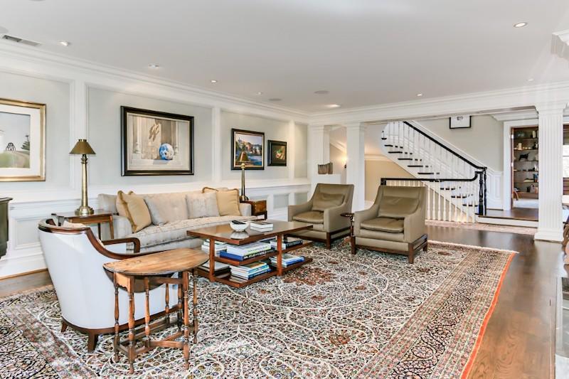 JFK's Beautiful Georgetown Home #luxury #realestate #homesforsale #celebrity #celebrityhomes #celebrityrealestate #dreamhomes #jfk #beverlyhills #beverlyhillsmagazine #bevhillsmag