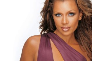 The Grace, Beauty and Grit of Vanessa Williams #beautiful #moviestars #famous #models #vanessawilliams #blackactress #bevhillsmag #beverlyhills #beverlyhillsmagazine