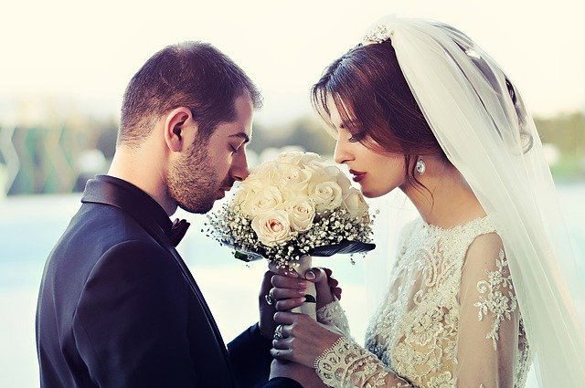 Tips To Work With Professional Wedding Photographers #wedding #bride #groom #weddingphotography #weddingphotos #beverlyhills #beverlyhillsmagazine #bevhillsmag